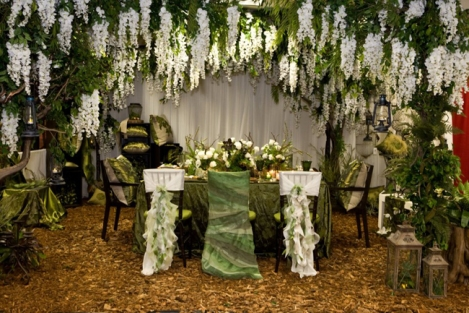 6-green-monochromatic-wedding-party-linens-and-decor-by-wildflower-linen