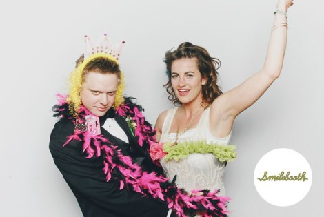 Smilebooth photo of couple