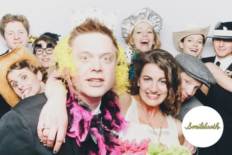 Smilebooth photo with couple