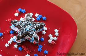 Star icecream sandwiches