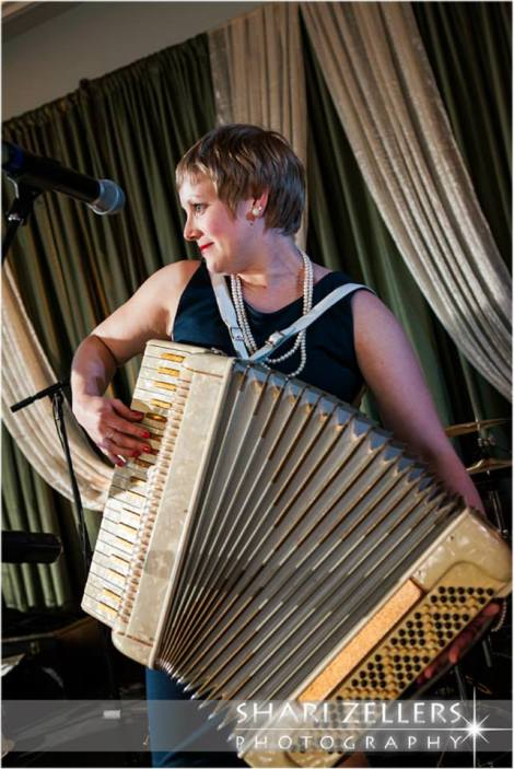 Accordian ~ Shari
