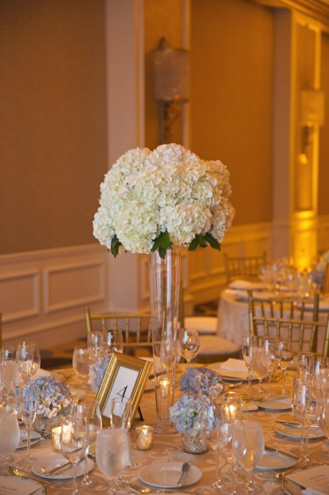 Tall centerpiece by Chelsea Floral Design