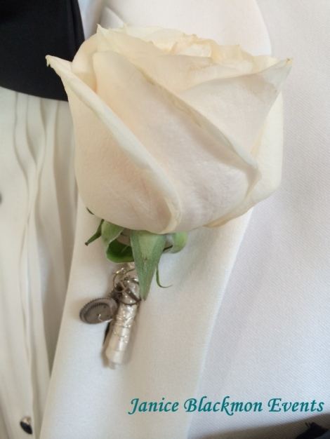 Groom's Boutonniere by EventScapes