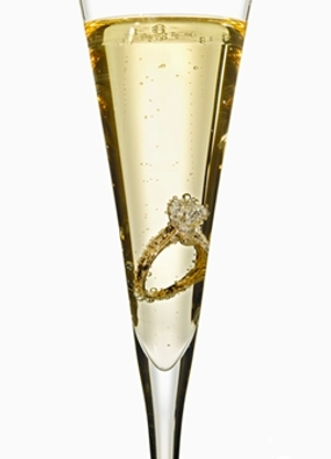 champagne-flute with diamond ring
