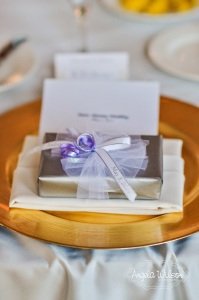 place setting with favor