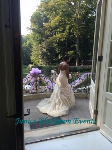 Bride beginning her processional
