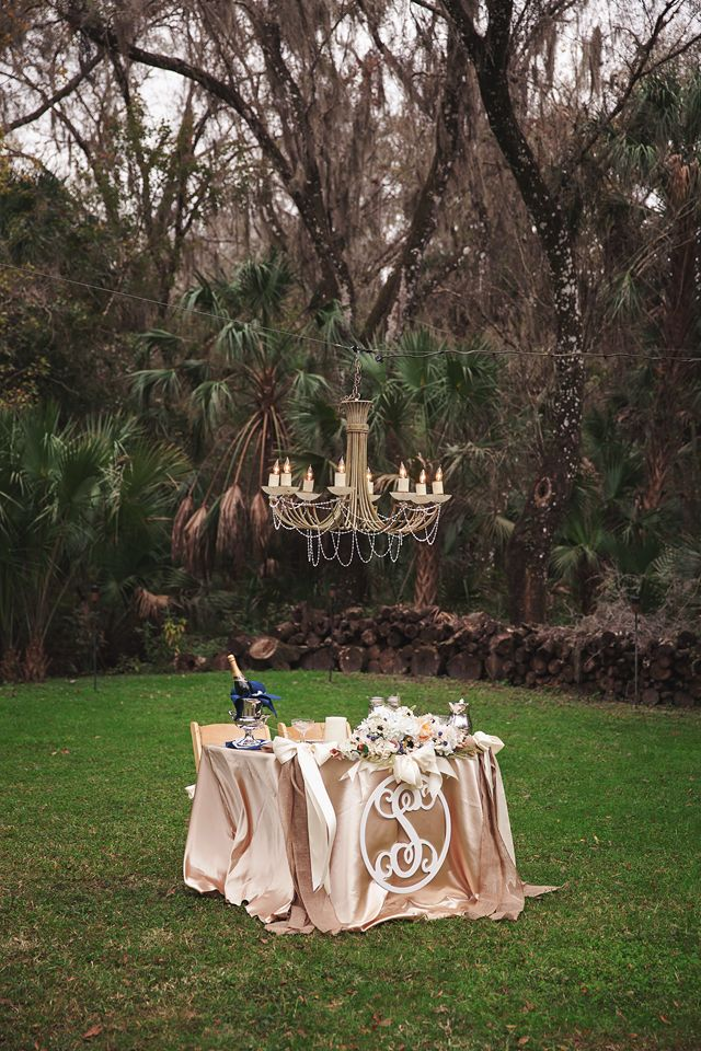 Windsong Oaks by Lauren Bates Photography ~ Sweetheart Table