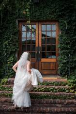 bride-brick-steps